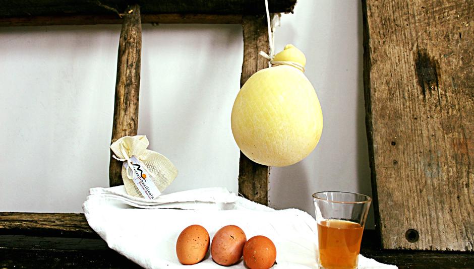 Caciocavallo-Basilicata I 10 prodotti tipici della Basilicata da provare almeno una volta in tavola
